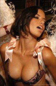 Andriana Lima - ροζ τηλεφωνα