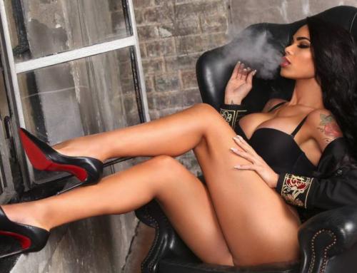 To κουνελάκι του ισπανικού Playboy προκάλεσε πανικό στη Μύκονο